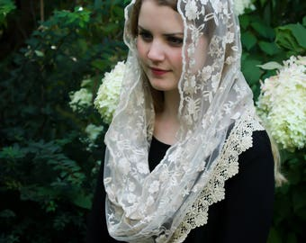 Evintage Veils~ NOT QUITE PERFECT Sale Lovely Soft Gold Embroidered  Traditional Vintage Inspired InfinityVeil Mantilla Chapel Veil