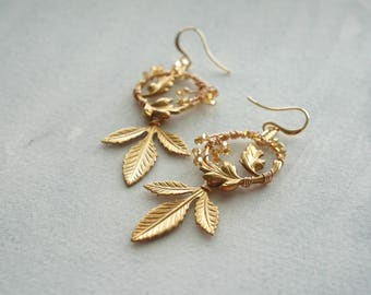 Gold Bridal Earrings, Leaf Earrings, Gold Wedding Jewelry, Bridal Jewelry, Bridal Shower Gift, Boho bride, boho chic, gold wedding, Weddings