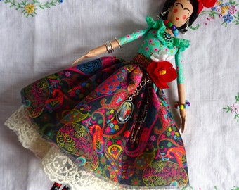 Frida Kahlo Artdoll, Mexican Artist, Collectors Doll