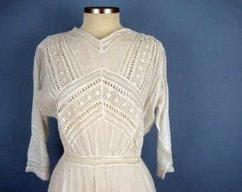 1900s Dress /  Edwardian Tea Dress / Broderie Anglaise / Fringed Skirt