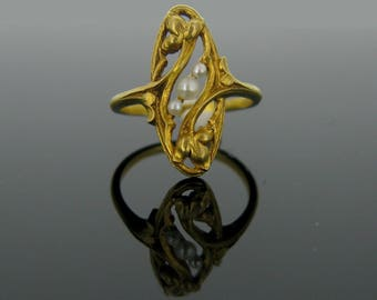 French Art Nouveau Neo Gothic Revival 18K Gold Pearls Trinity Leaves Ring! 19th Century Circa 1880 Notre Dame Catholic Christian Renaissance