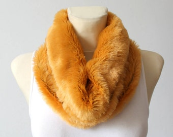 Winter Faux Fur Scarf Gift for her Fur Scarf Faux Fur Infinity Chunky Winter Scarf Gift Womens Gift for Mom Gift for Women Christmas Gift