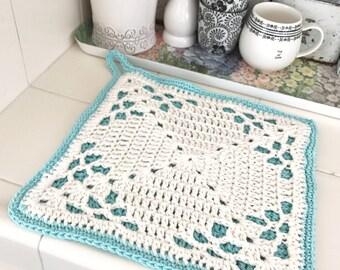 The Farmhouse Crochet Pot Holder Pattern