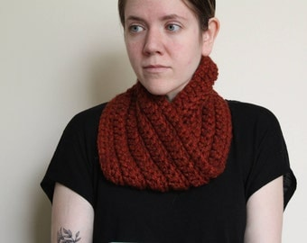 Chunky Crochet Twist Cowl, Pumpkin with Hints of Red and Orange