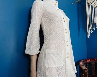 Vintage MOD White Lace Tunic | High Collar | Hippie