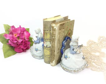 Vintage Porcelain China Bookends, Colonial Bookends, Figural Set of Bookends , Vintage Library Decor, Office Decor #B159