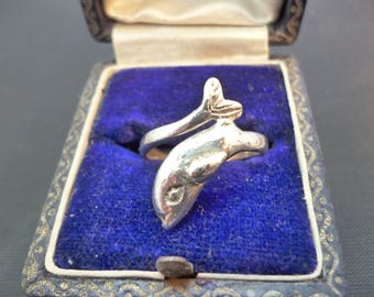 A silver dolphin ring - 925 - sterling silver - UK M - US 5.25