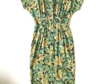 Vintage 1980s tropical printed dropped shoulder shirt dress