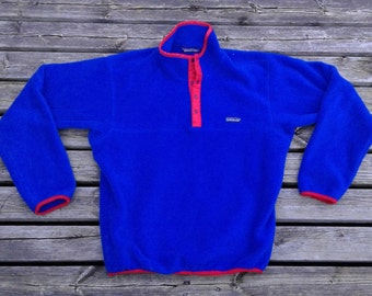 Killer Patagonia Blue Fleece / Red Trim Pullover Snap Up Sweater