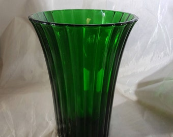 Vintage Anchor Hocking Forest Green Vase