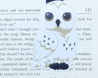 Owl - JUMBO magnetic bookmark - Hedwig || harry potter | hogwarts | wizard | book lover gifts | bookmark | bookish | magnetic bookmarks