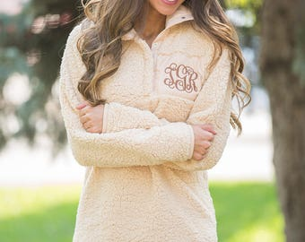 Monogrammed Fleece Snap Up Pullover..Preppy Pullover..Warm Winter Jacket..Personalized Winter Gift..Custom Pullover..2 Colors