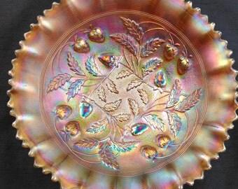 Rare Horehound Stippled Strawberry Pie Crust Edge Bowl Northwood Carnival Glass