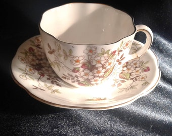 Vintage Taylor & Kent Bone China Teacup #6709, Made in England Teacup with Bee Motif