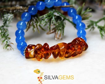 Dark Honey Amber and Royal Blue Jade Gemstone Beaded Stretch Handmade Bracelet. Cognac Amber Bracelet. Amber Jewellery. Jade Bracelet.