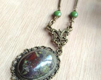 blood blood/heliotrope/Jasper stone necklace