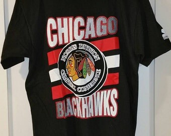 Vintage Chicago Blackhawks T-shirt by Starter / Vintage Blackhawks Shirt / 90s Blackhawks / Vintage Starter / 90s Starter