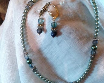 Mint Green Pearl & Austrian Crystal set