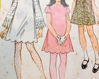 McCalls 9527 Girls Dress in Three Versions 1968