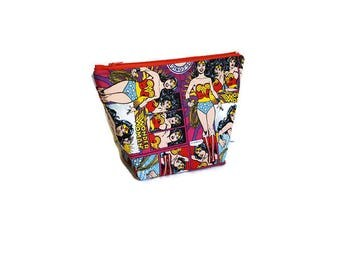 Wonder Woman Zipper Pouch, Make Up Bag, Pencil Bag, Gadget Pouch