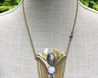 "Necklace Klimt art, cabochon, vintage brooch Crystal ""in the garden"""