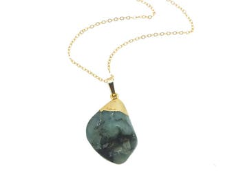 Raw Emerald Necklace with 14K Gold Filled Chain, Emerald Pendant Necklace, Green Stone Jewelry, May Birthstone