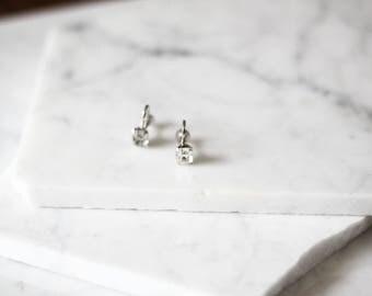 1950s faux diamond earrings // 1950s crystal earrings // vintage earrings