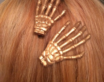 Metallic skeleton hairclips