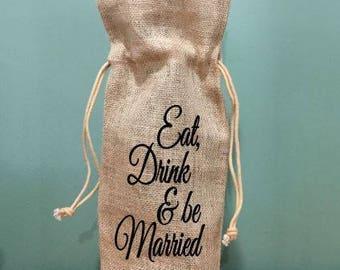 Burlap wine bag, wedding gift, wine gift, wine tote bag, hostess gift, wedding party gift