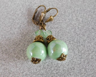 Pearl Earrings Victorian style ceramic porcelain Green 12 mm