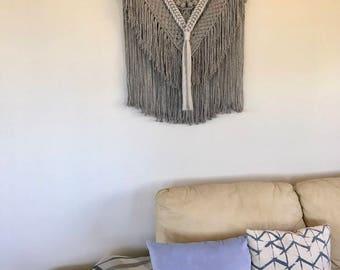 Macrame Wall Hanging 'Shirley-Ann'