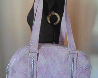 Handbag worn shoulder pink leather