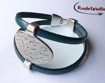 Teal, leather bracelet silver hammered metal