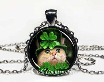 Shamrock Cat- lover Top Hat/St. Patrick's Day-Glass Pendant Necklace