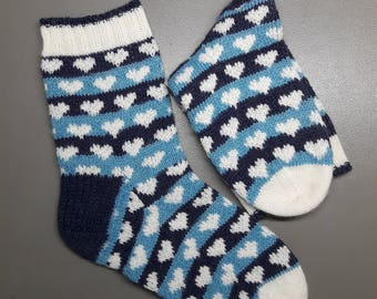 Knit socks, warm socks, ladies socks, heart,  women socks, wool socks