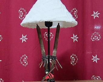 LAMP 1 SKIER