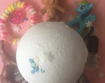 Snowball Bath Bomb, Girls bath bomb, boys bath bomb, Surprise Bath Bomb, Boys Birthday gift, Christmas Bath Bomb, Christmas Gift, Xmas Bath