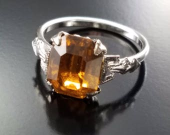 Vintage Art Deco Ring Rhodium Plated Apple Juice Glass Stone Estate Jewelry SZ 6