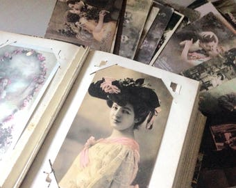 Photo album with a Collection of 100 French postal cards dating from 1900s