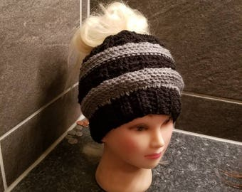 Crochet CC version messybun hat