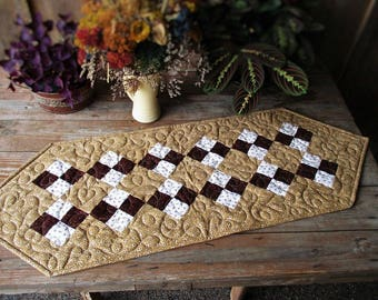 Fall Table Runner, Brown Quilted Table Runner, Rustic Table Runner, Traditional Country Patchwork, Thanksgiving Table Runner, Four Patch