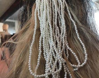Beaded hair clip.