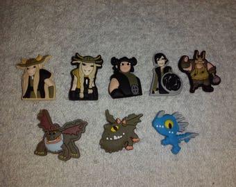 Lot 8 jibbitz Dragons (badges for fangs)
