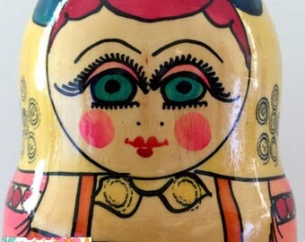 "Extra Large 9"" Set of 7 Nesting Dolls. Vintage Nesting Dolls. Colorful Polkhovsky Maidan Russin Dolls, Matryoshka Dolls, Babushka Dolls."