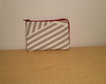 Simple striped wallet