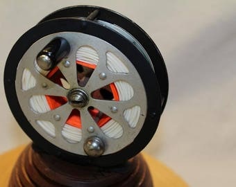 Vintage Classic Pfleuger Sal-Trout Fly Fishing Reel