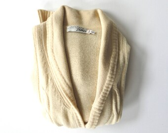 BULLOCKS of Wilshire Cableknit Wool Cardigan.