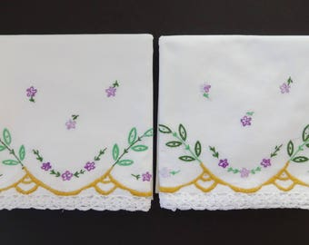 Pair Vintage White Cotton Pillowcases Pillow Cases w/Embroidery & Crocheted Edging