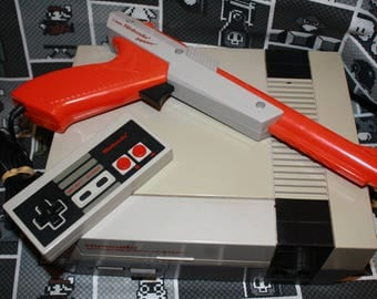 Nintendo Bundle with Zapper Gun and 4 games