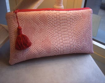 Pretty pink pouch in faux leather